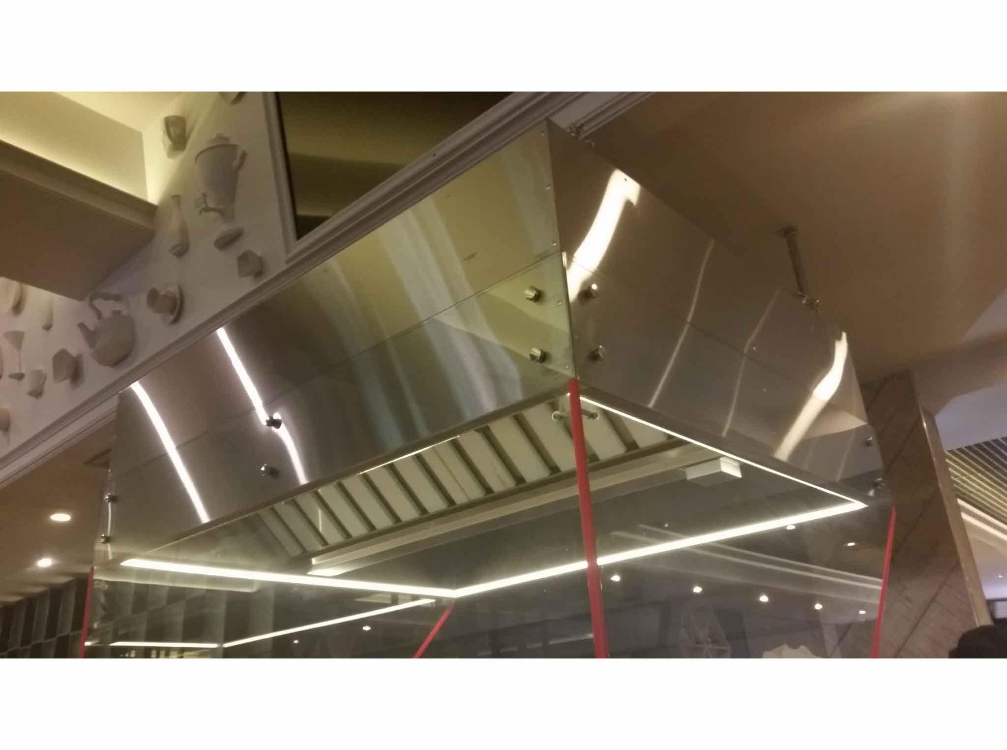 Вытяжные зонты в ресторан «Повар-бар Кухня» г. Томск