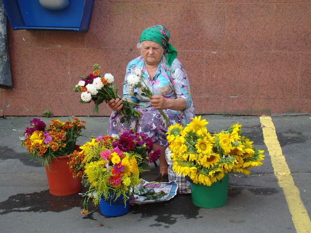 Как спастись от жары на Майдане?