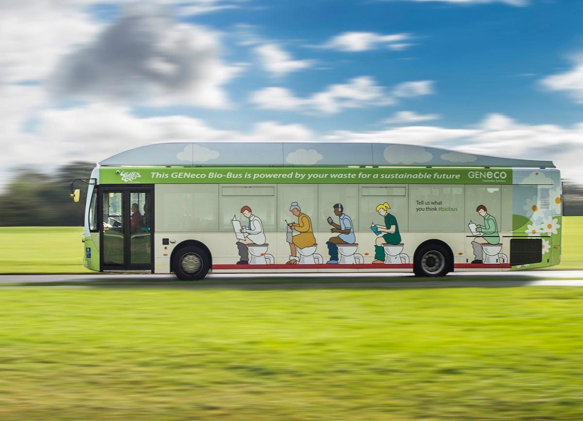 В англии запустили биоавтобус на отходах человеческой жизнедеятельности