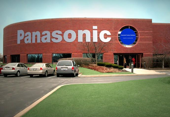 Panasonic возвращает заводы в Японию