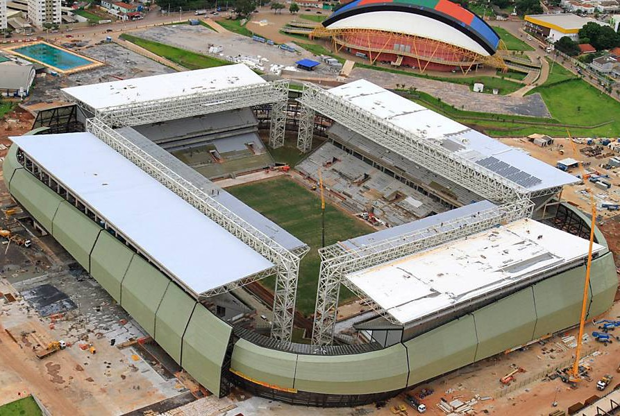 Строительство по-бразильски: Стадион для ЧМ  по футболу требует ремонта через год после открытия