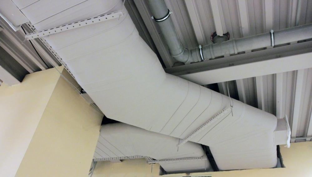 Еще один объект с плоскоовальными воздуховодами