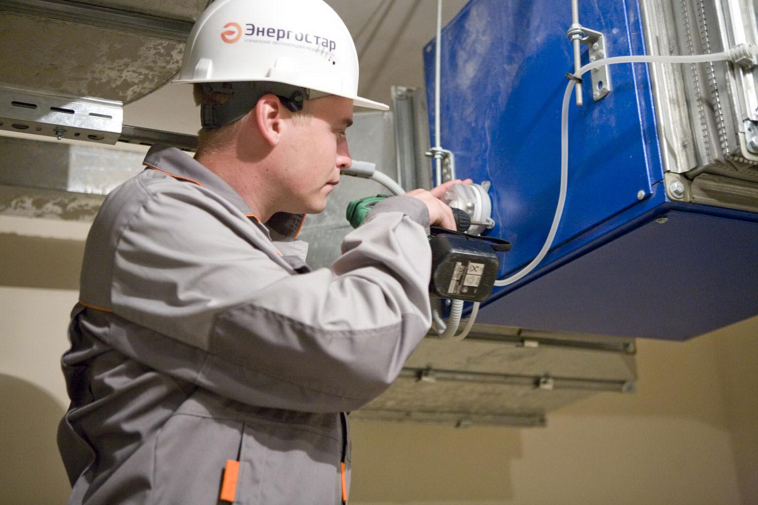Обслуживание вентиляции, если она плохо спроектирована, может стать проблемой не только для сервисной организации, но прежде всего для владельца помещений